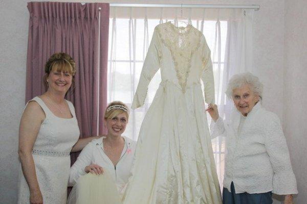 3 generáció legendás menyasszonyi ruhája